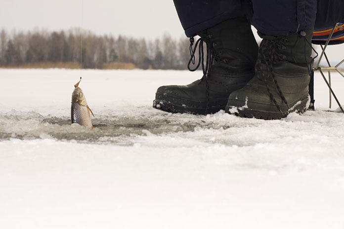 Best Ice Fishing Boots: Buyer's Guide