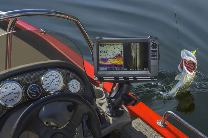 Best Fish Finder: Buyer's Guide
